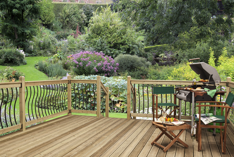outdoor living trends with cheshire mouldings