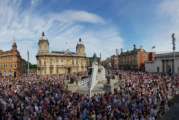 MKM supplies 'Dominoes' for Hull event