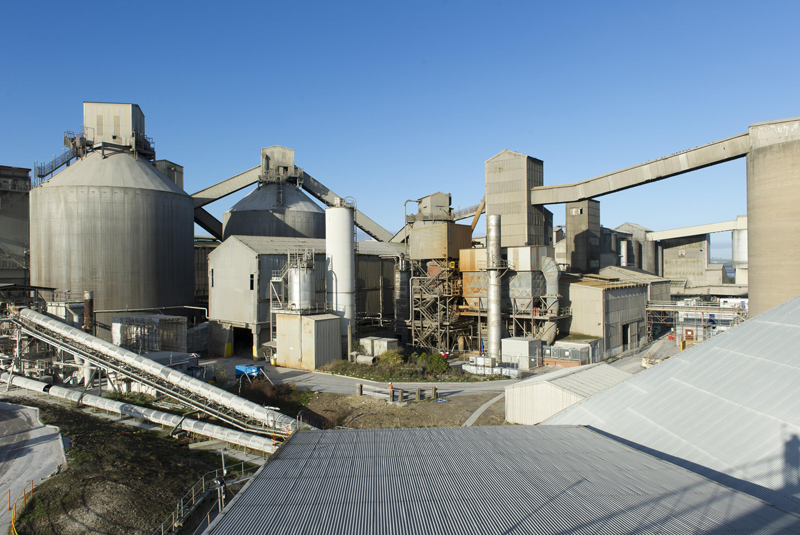 CEMEX announces production of second kiln