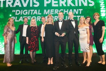Travis Perkins receives award at UK IT Awards