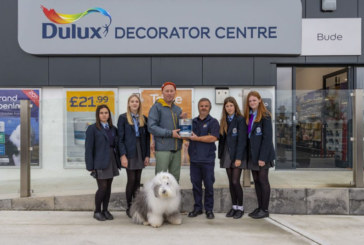 Dulux Decorator Centre supports local charities across the UK