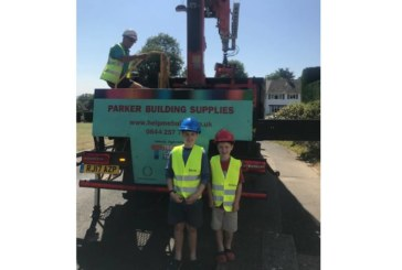 Back garden crane construction attracts attention from Parkers