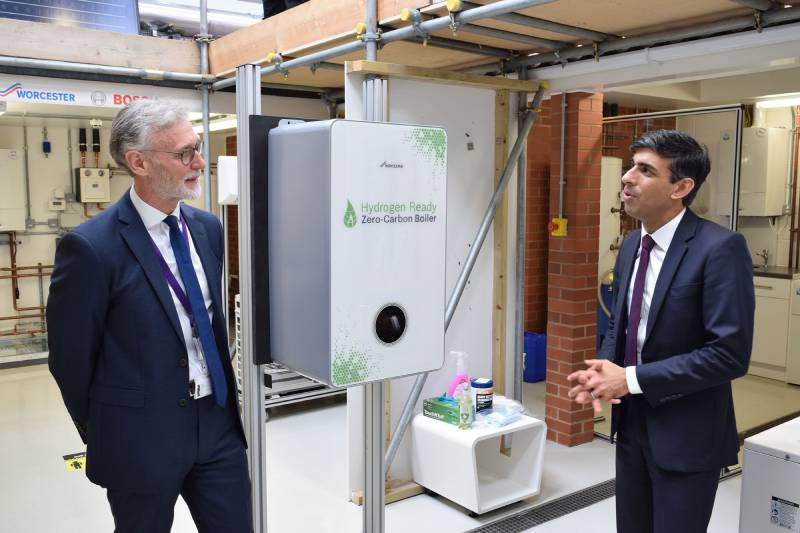 Worcester Bosch CEO joins Prime Minister for Green Investment and Growth launch