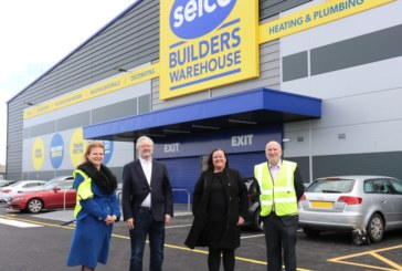 MP visits Selco Liverpool branch