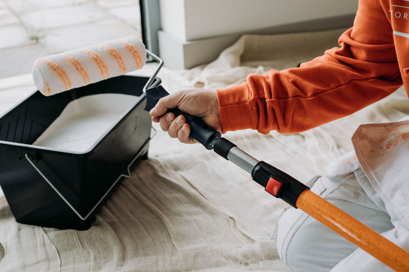 With an extensive history of supplying premium products for professional painters and decorators, Hamilton has now launched a range of decorating tools aimed at the wider building trades.
